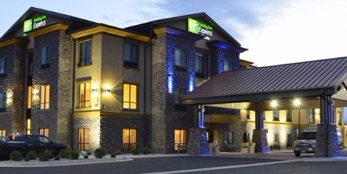 Hotel Exterior Holiday Inn Express & Suites, Belgrade, MT