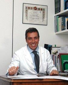 Il Dr. Marco Saracco - medico proctologo