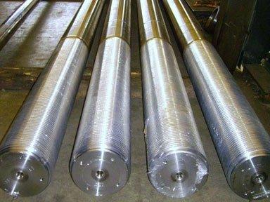 lavorazione cilindri metallici