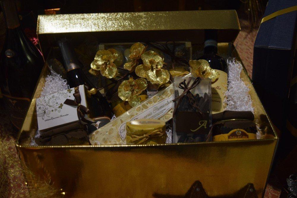 Scatola gastronomica oro