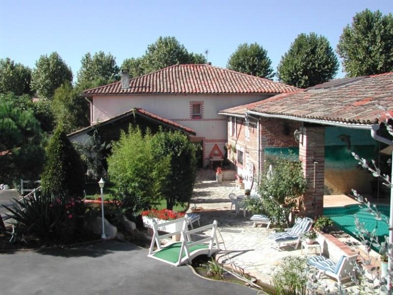 Clos Saint Georges - Languedoc - Roussillon - Midi-Pyrénées