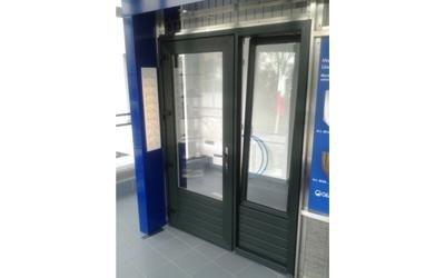 installazione finestre genova