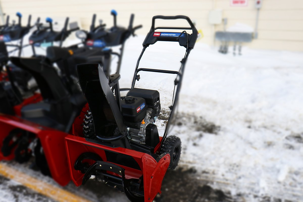 Choosing a snow blower for home or garden 9