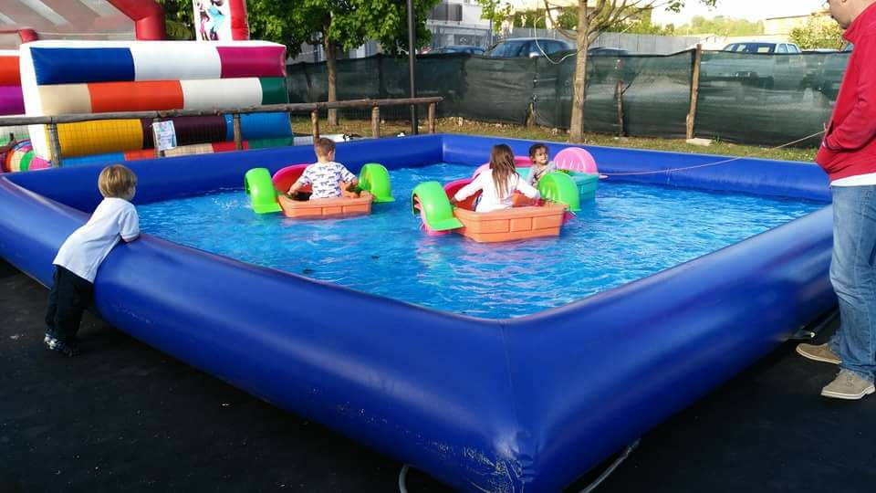 parco di divertimento con bambini