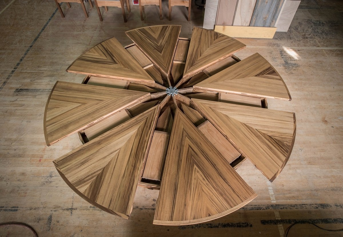 Expanding round table for The fletcher capstan table price