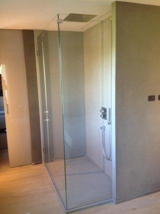 Box doccia con anta ad angolo e cerniere vetro