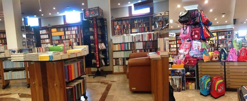 una poltorna sullo sfondo cone dei libri
