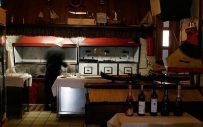 Cucina del ristorante di pesce
