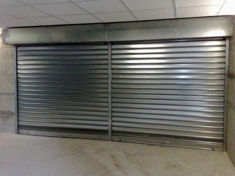 serranda_zincata_negozio