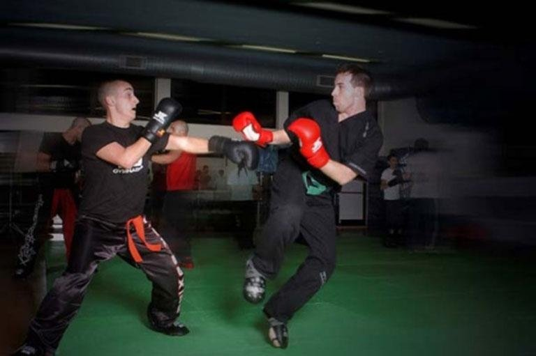 Corpo a corpo kick boxing