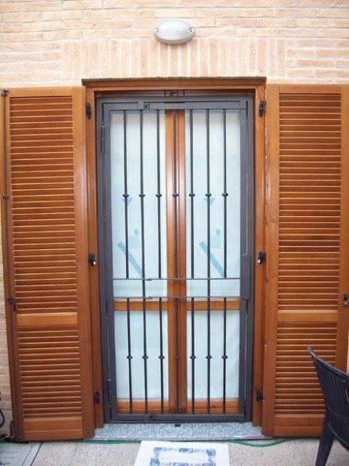 Soluzioni antintrusione: grate per finestre e portefinestre