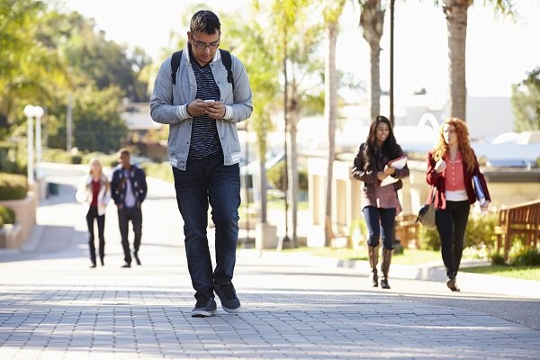 Is Distracted Walking Just As Dangerous As Distracted Driving