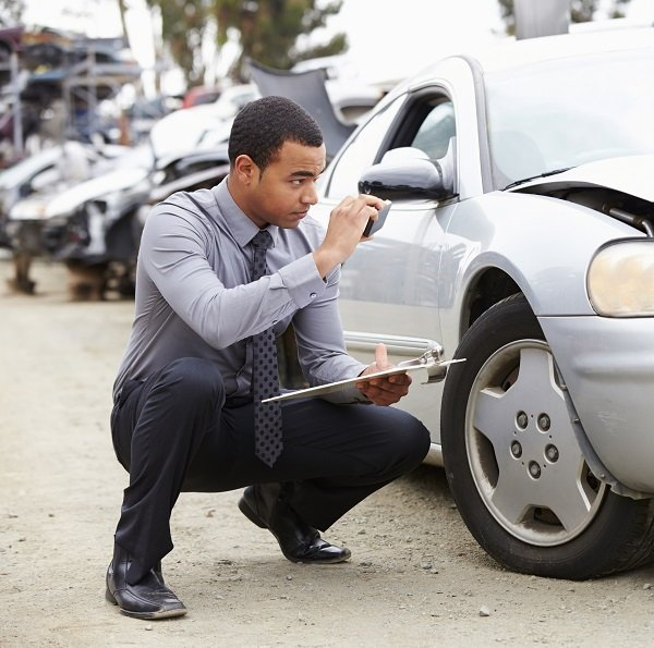 What Does an Insurance Adjuster Do After a Car Accident