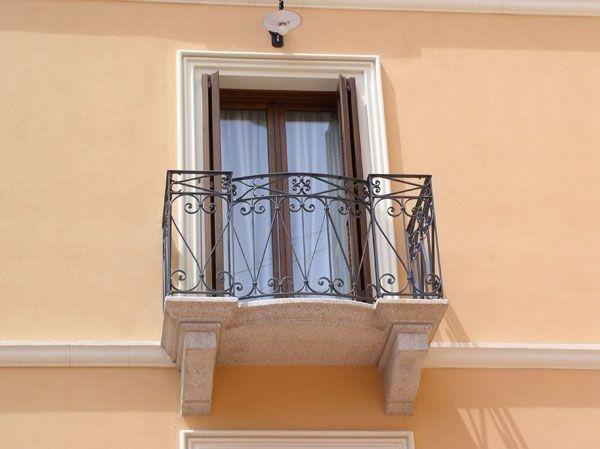 balcone ferro ringhierabalcone ferro ringhiera