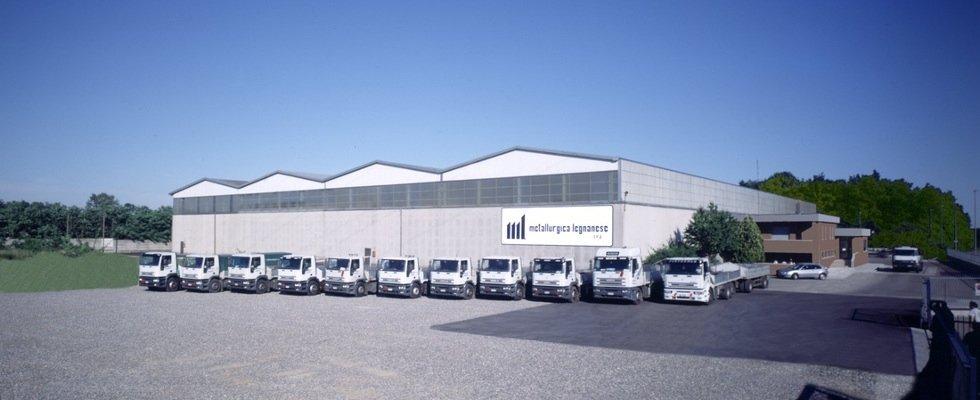 magazzino azienda metallurgica