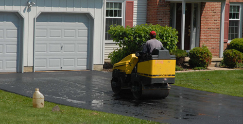 Professional fulfilling asphalt service needs of a property in Edwards, CO