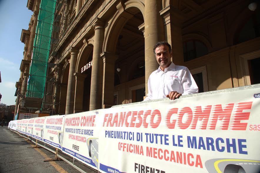 insegna pubblicitaria Francesco Gomme