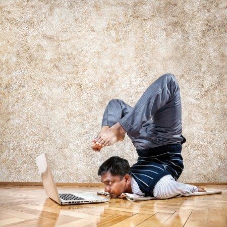 Il ginocchio del piastrellista - Piastrellista cerca lavoro ...