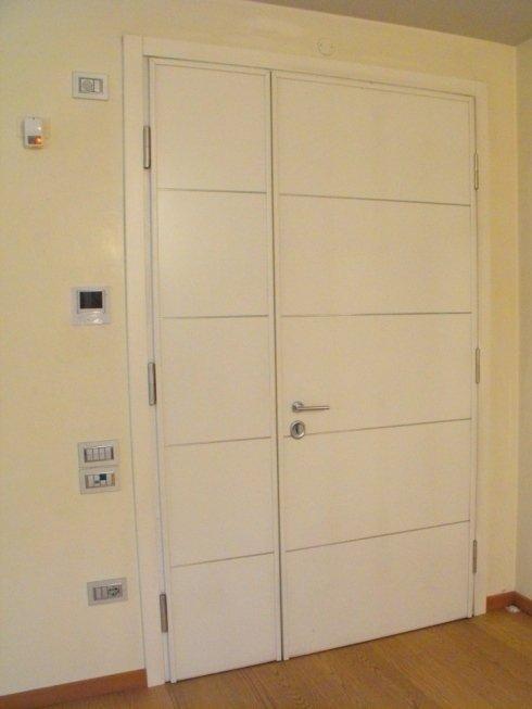 porta verniciata