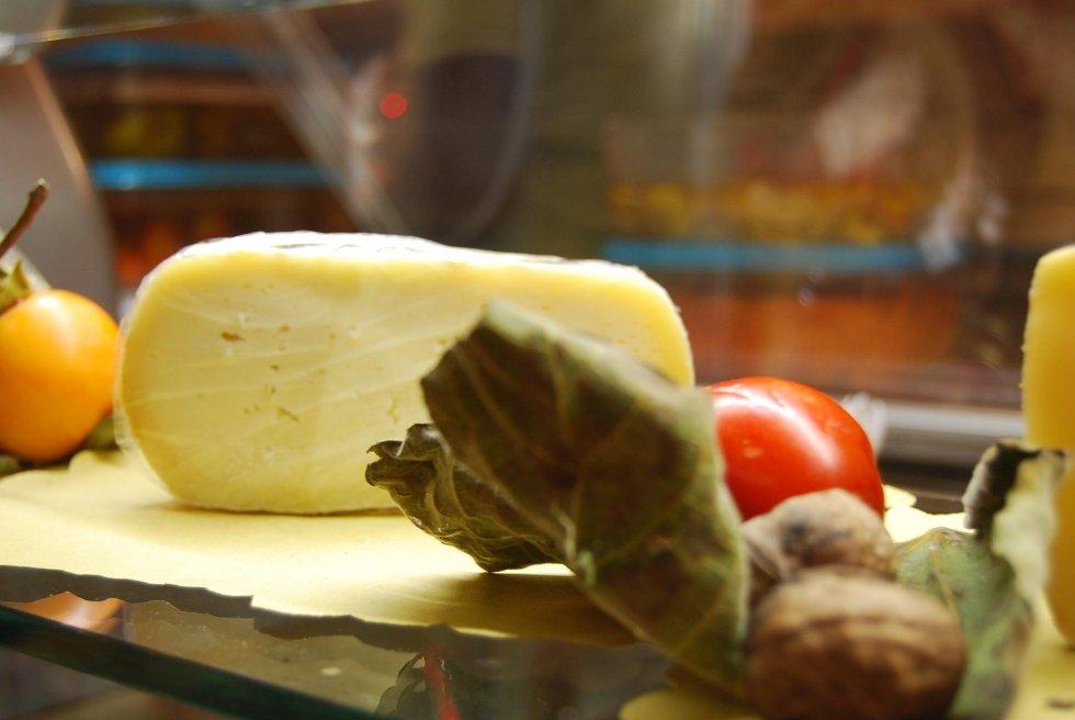 formaggio pecorino fresco