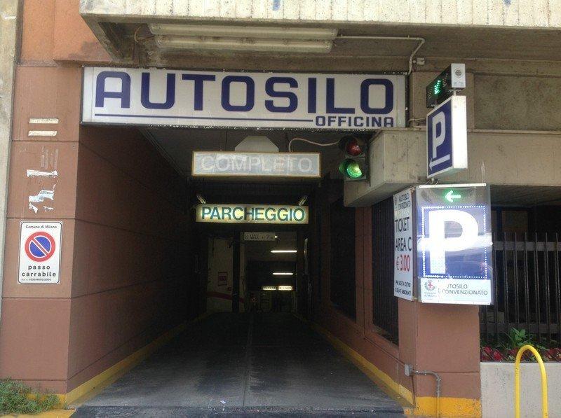 entrata parcheggio AUTOSILO