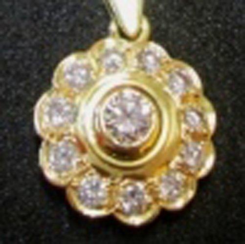 ciondolo d'oro a forma di fiore