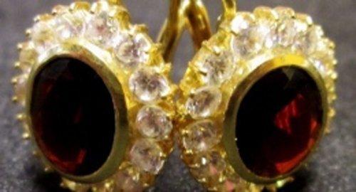 orecchini d'oro, brillanti e rubini