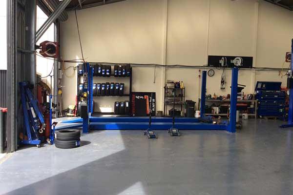 Hydralics in a garage