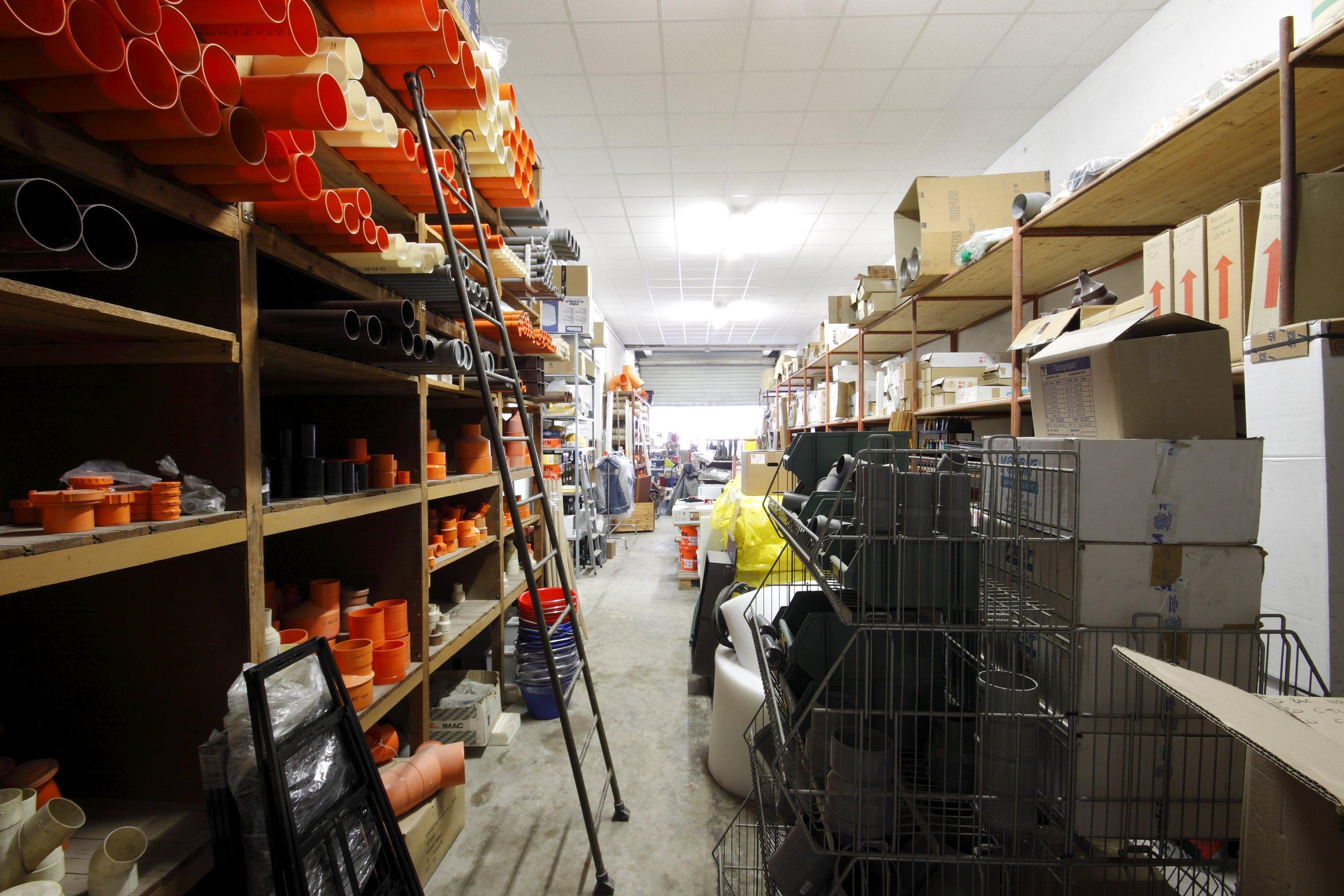 magazzino materiali
