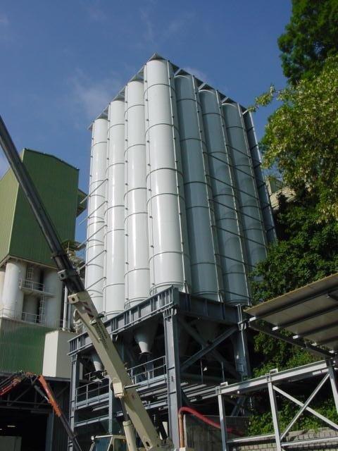 Impianti industriali per lo stoccaggio di materiale