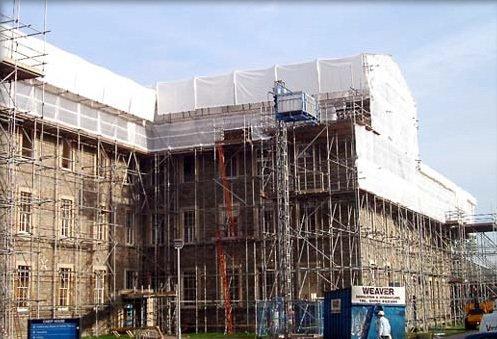 building scaffolders