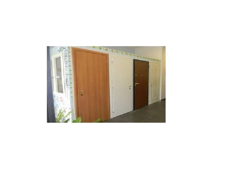 costruzione montaggio porte interni
