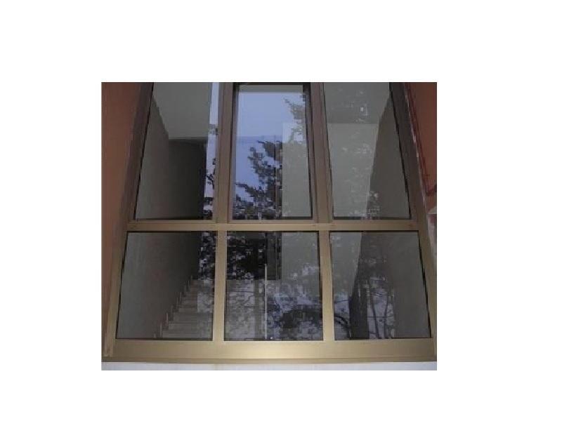 vetrata scale condomini profilo alluminio