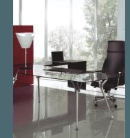 scrivania e poltrona da ufficio