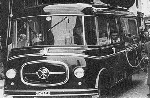 autobus funebre