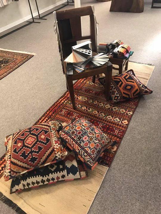 Tappeto e Kilim Lorestan Nomade Antico