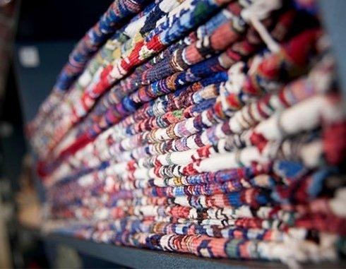 Ampia scelta tessuti e tappeti