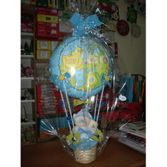 creazione di palloncini per nascite