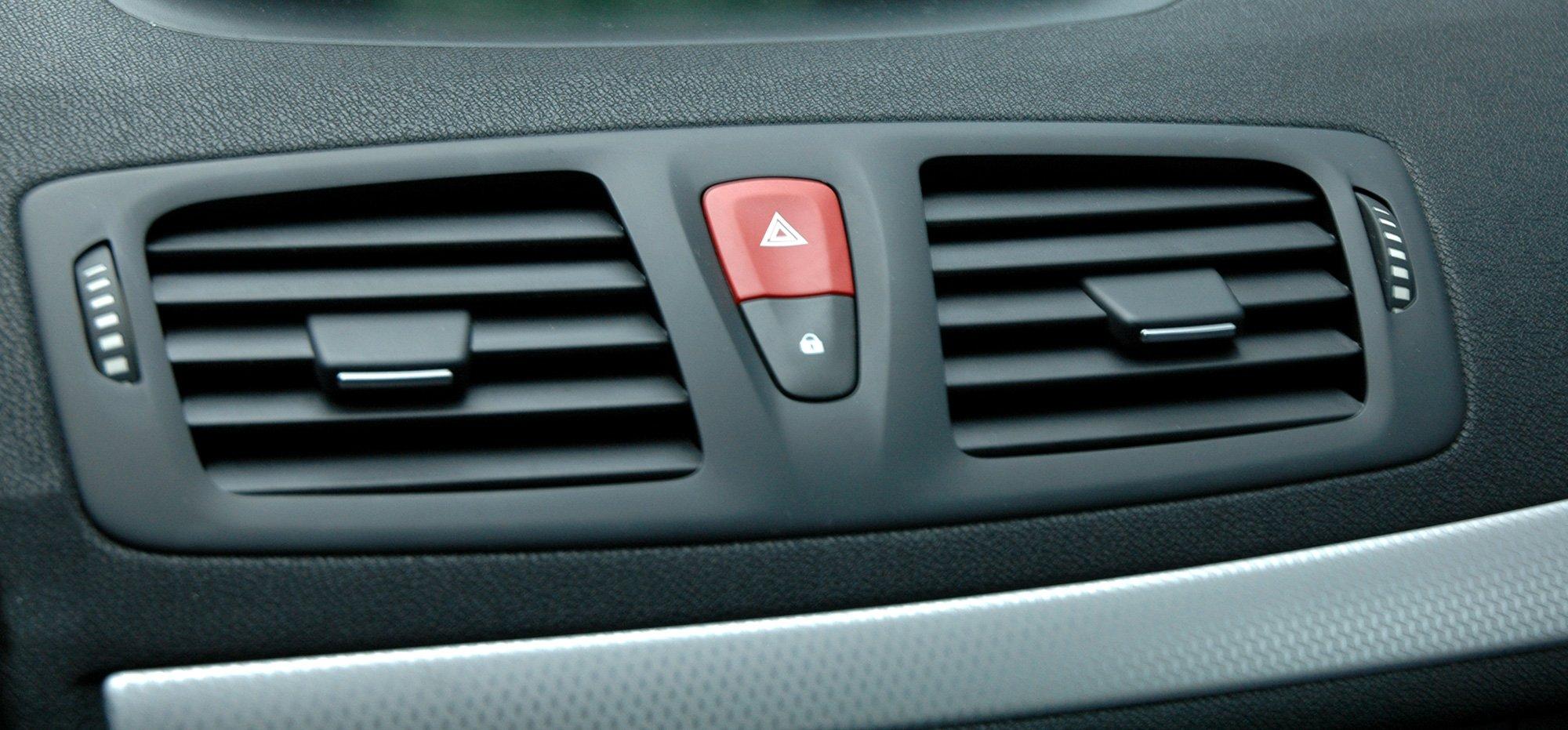 Vehicle AC vent