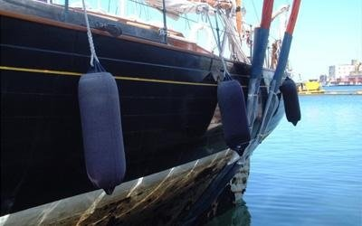 refitting yachts