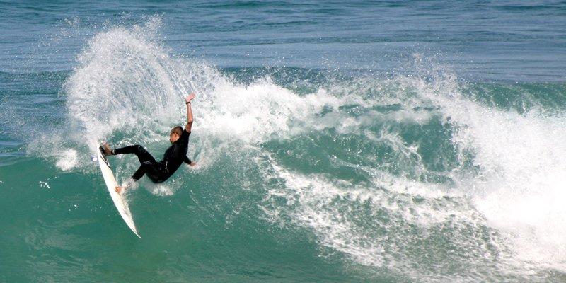 sport acquatico-surf