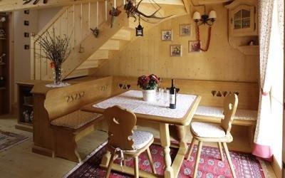 realizzazione soggiorno rustico Cadore