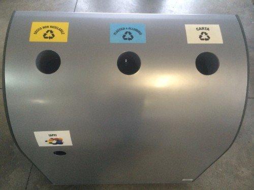 contenitore in metallo per la differenziata con tre vani