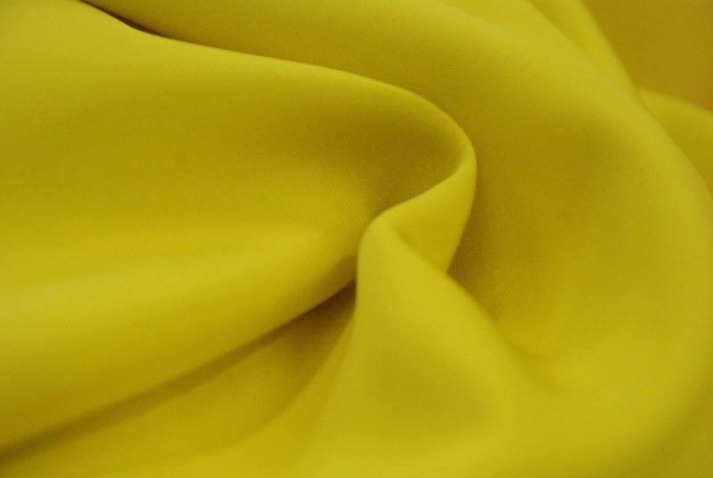 Stoffa gialla