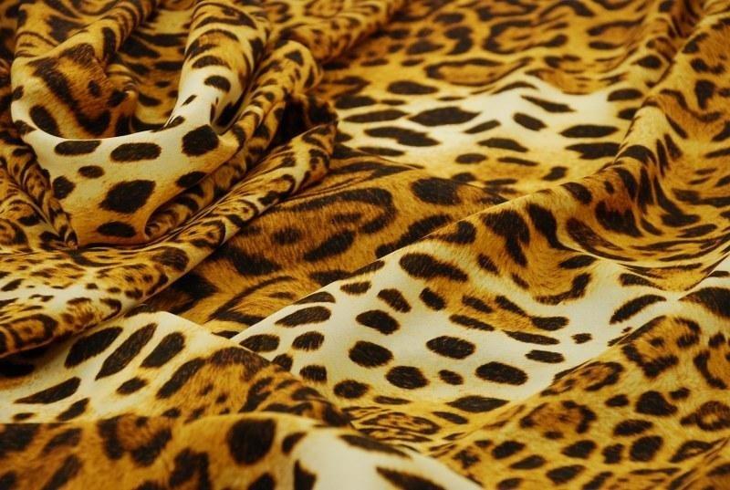 Tessuto stampa animalier