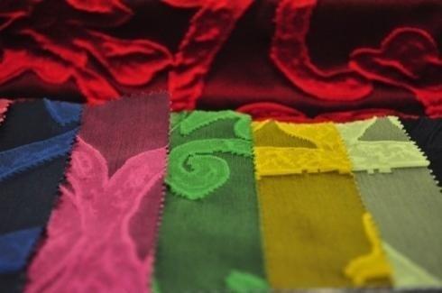 muestras de tejidos de varios colores