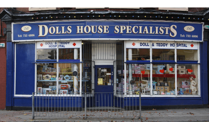 doll-and-teddy-bear-hospital-wavertree-the-dolls-house-shop
