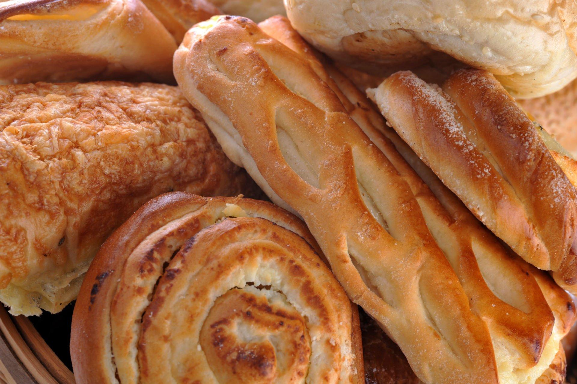 del pane di vario tipo