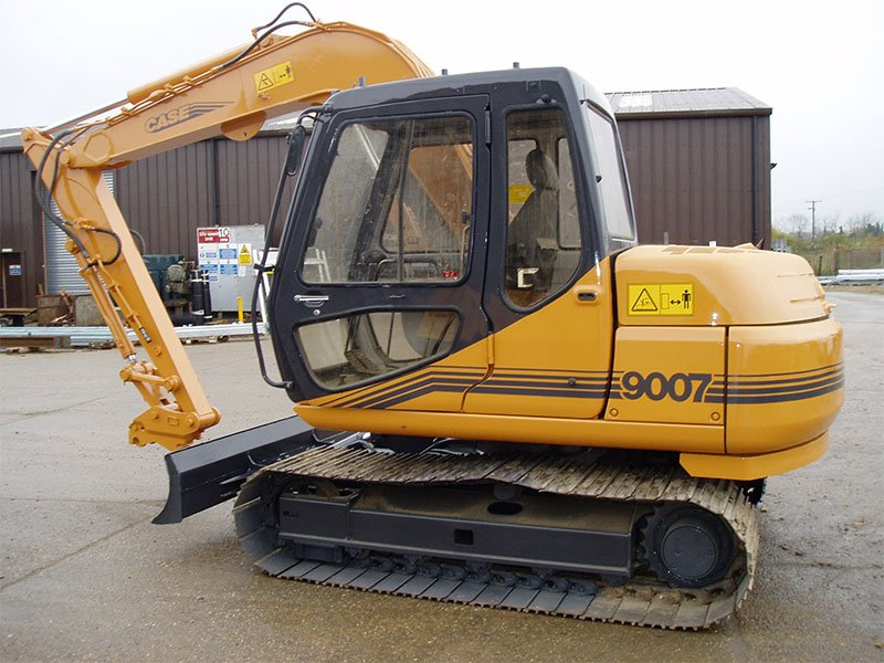 side view of JCB