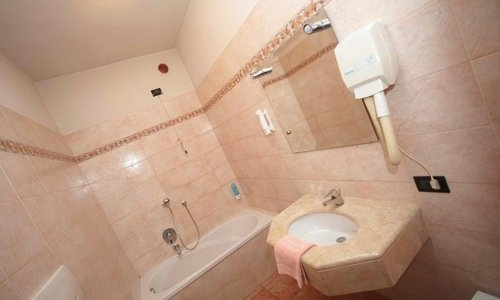 bathrooms with bath or shower